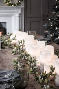 Pretty Winter Table Decoration Ideas For A Romantic Dinner 31