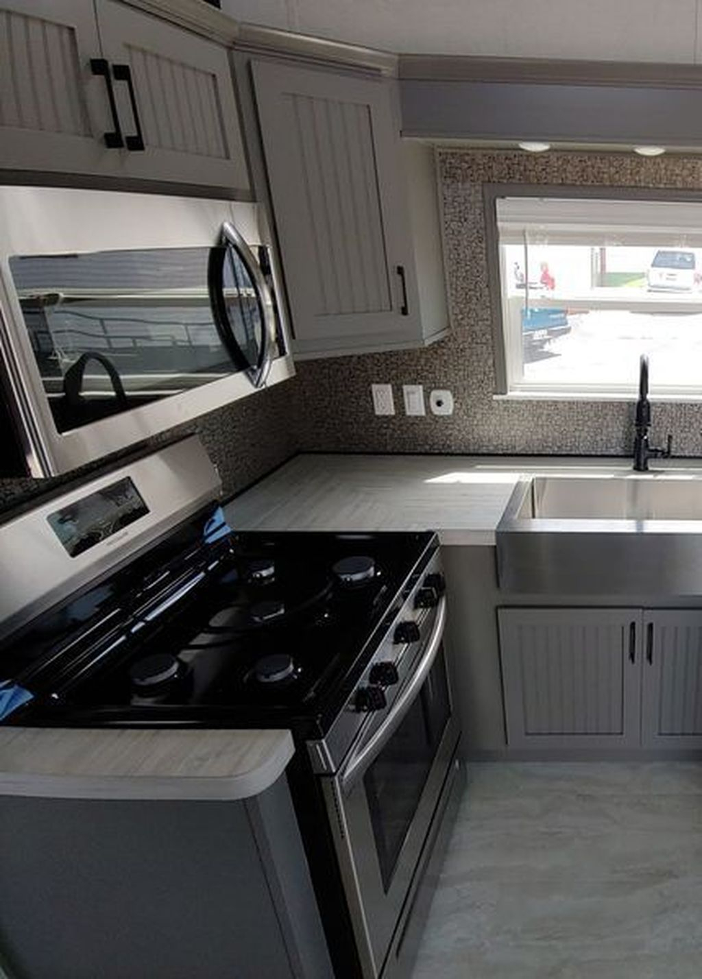 Relaxing Rv Kitchen Design Ideas For More Comfortable Cooking During The Holiday 04