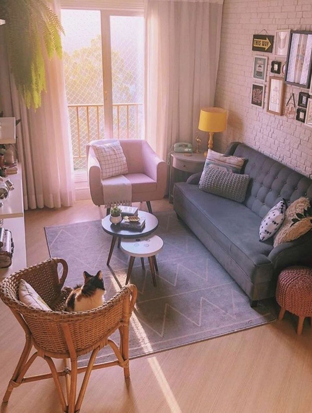 Vintage Home Interior Design Ideas For Awesome Living Room 32
