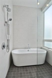Affordable Bathtub Design Ideas For Classy Bathroom To Try 06