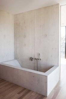 Affordable Bathtub Design Ideas For Classy Bathroom To Try 20