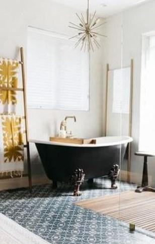 Affordable Bathtub Design Ideas For Classy Bathroom To Try 25