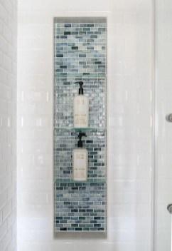 Chic Blue Shower Tile Design Ideas For Your Bathroom 31