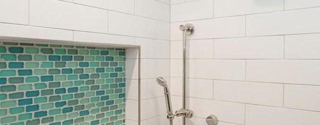 Chic Blue Shower Tile Design Ideas For Your Bathroom 32