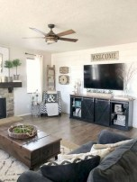 Comfy Farmhouse Living Room Decor Ideas To Copy Asap 35