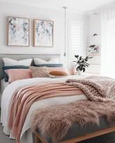 Cozy Small Master Bedroom Decoration Ideas To Copy Soon 04