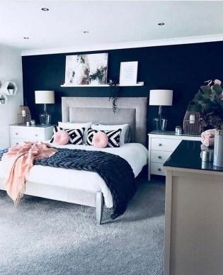 Cozy Small Master Bedroom Decoration Ideas To Copy Soon 08