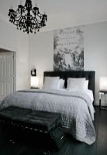Cozy Small Master Bedroom Decoration Ideas To Copy Soon 28