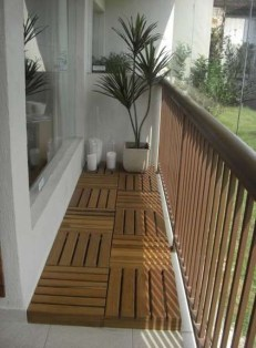 Enchanting Balcony Decoration Ideas For Apartment For A Cleaner Look 12