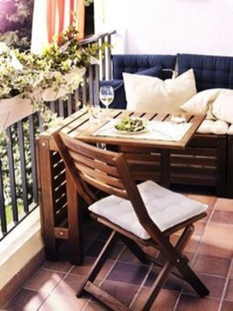 Enchanting Balcony Decoration Ideas For Apartment For A Cleaner Look 32