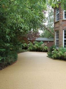 Fabulous Driveway Landscaping Design Ideas For Your Home To Try Asap 11