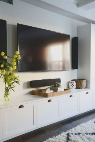Inexpensive Home Cabinet Design Ideas For Cozy Family Room On A Budget 13