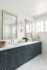 Perfect Master Bathroom Design Ideas For Small Spaces To Have 01
