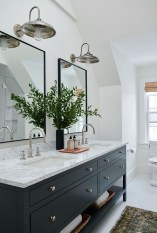 Perfect Master Bathroom Design Ideas For Small Spaces To Have 02