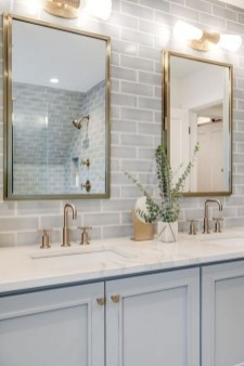 Perfect Master Bathroom Design Ideas For Small Spaces To Have 13
