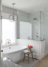 Perfect Master Bathroom Design Ideas For Small Spaces To Have 22