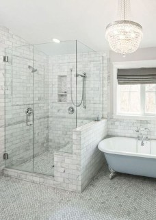 Perfect Master Bathroom Design Ideas For Small Spaces To Have 32