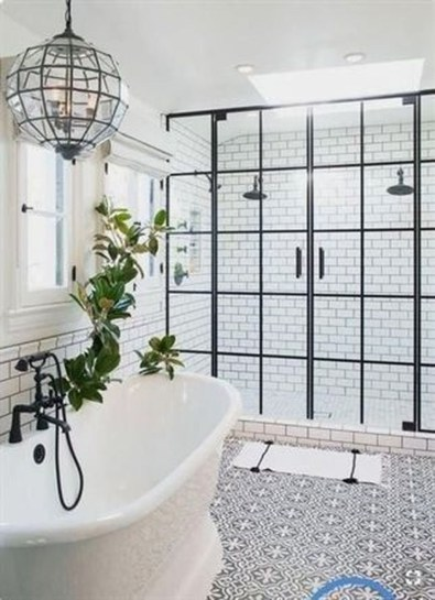 Perfect Master Bathroom Design Ideas For Small Spaces To Have 34
