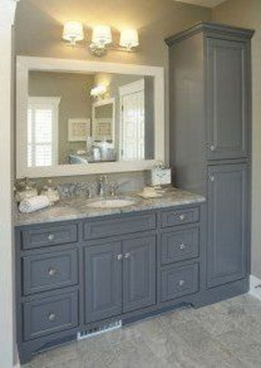 Popular Traditional Small Bathroom Decor Ideas To Try Asap 02