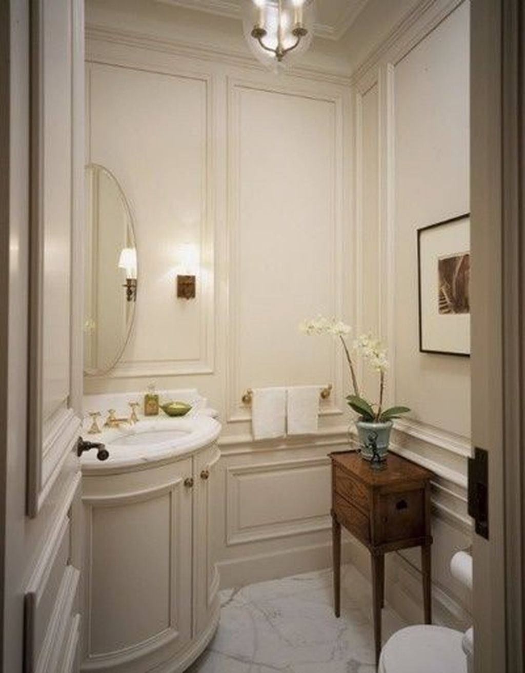 Popular Traditional Small Bathroom Decor Ideas To Try Asap 29