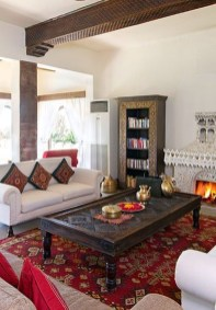 Stunning Traditional Indian Carpet Designs Ideas For Living Room To Try 19