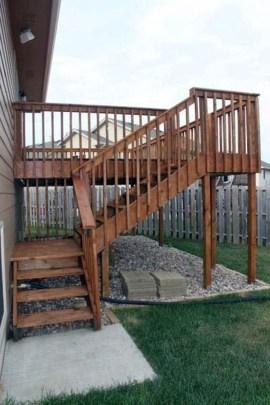 Superb Diy Wooden Deck Design Ideas For Your Home 09