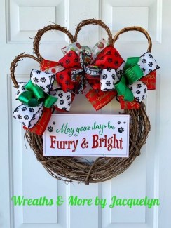 Casual Winter Decorating Ideas For Pet Lovers To Try Right Now 37