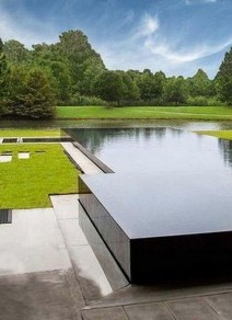 Elegant Black Swimming Pool Design Ideas That All Men Must Know 04