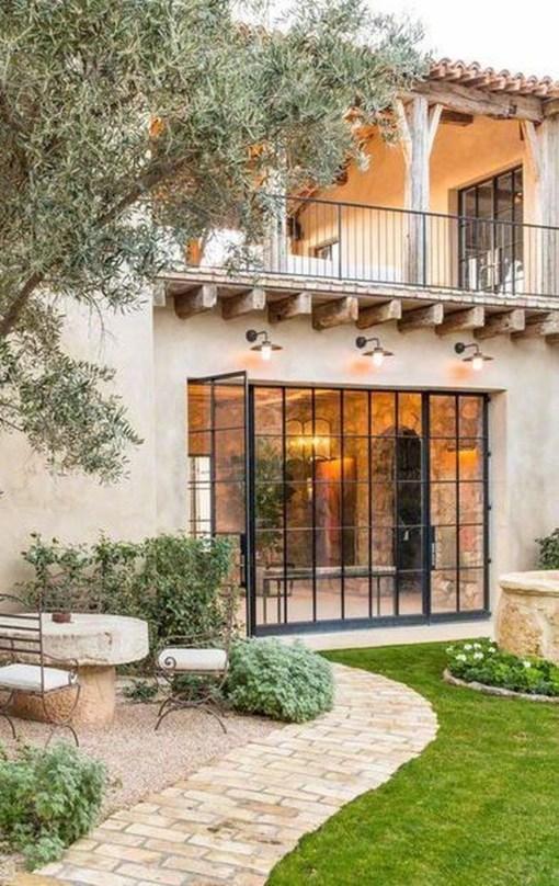Enjoying Mediterranean Style Design Ideas For Your Home Décor 30