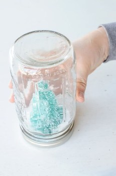 Impressive Diy Snow Globes Ideas That Kids Will Love Asap 05