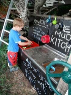 Magnificient Transform Backyard Design Ideas Into Kids Playground 14