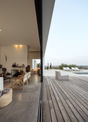 Unordinary Outdoor Living Room Design Ideas To Have Asap 09