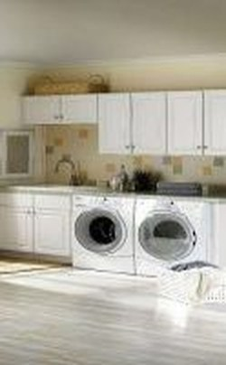 Unusual Laundry Arranging Design Ideas For Small Space To Try 35