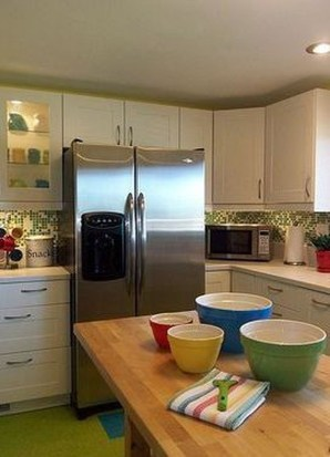 Adorable Rainbow Colorful Kitchens Design Ideas To Looks More Awesome 42