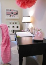 Captivating Girl Workspace Design Ideas That Looks So Cute 14