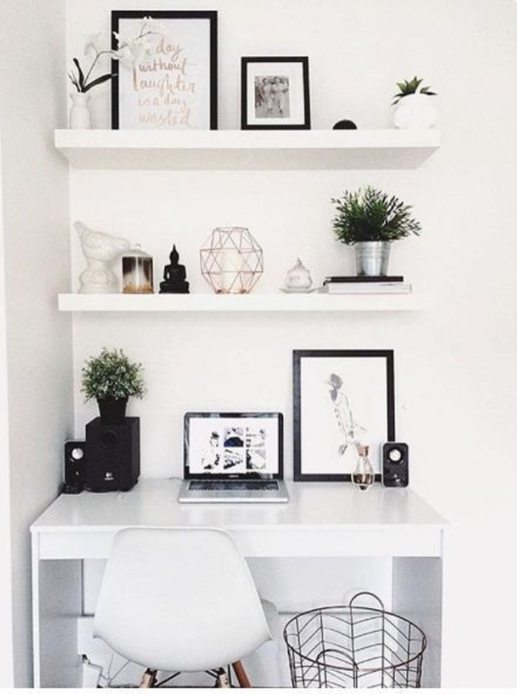 Captivating Girl Workspace Design Ideas That Looks So Cute 21