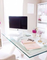Captivating Girl Workspace Design Ideas That Looks So Cute 22