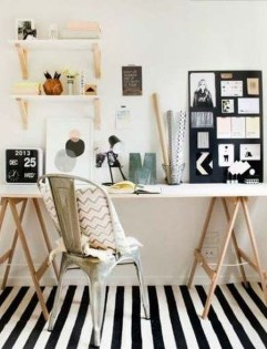 Captivating Girl Workspace Design Ideas That Looks So Cute 31