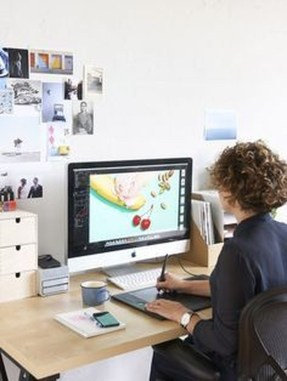 Captivating Girl Workspace Design Ideas That Looks So Cute 45