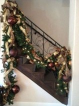 Charming Winter Staircase Design Ideas With Banister Ornaments To Try Asap 09