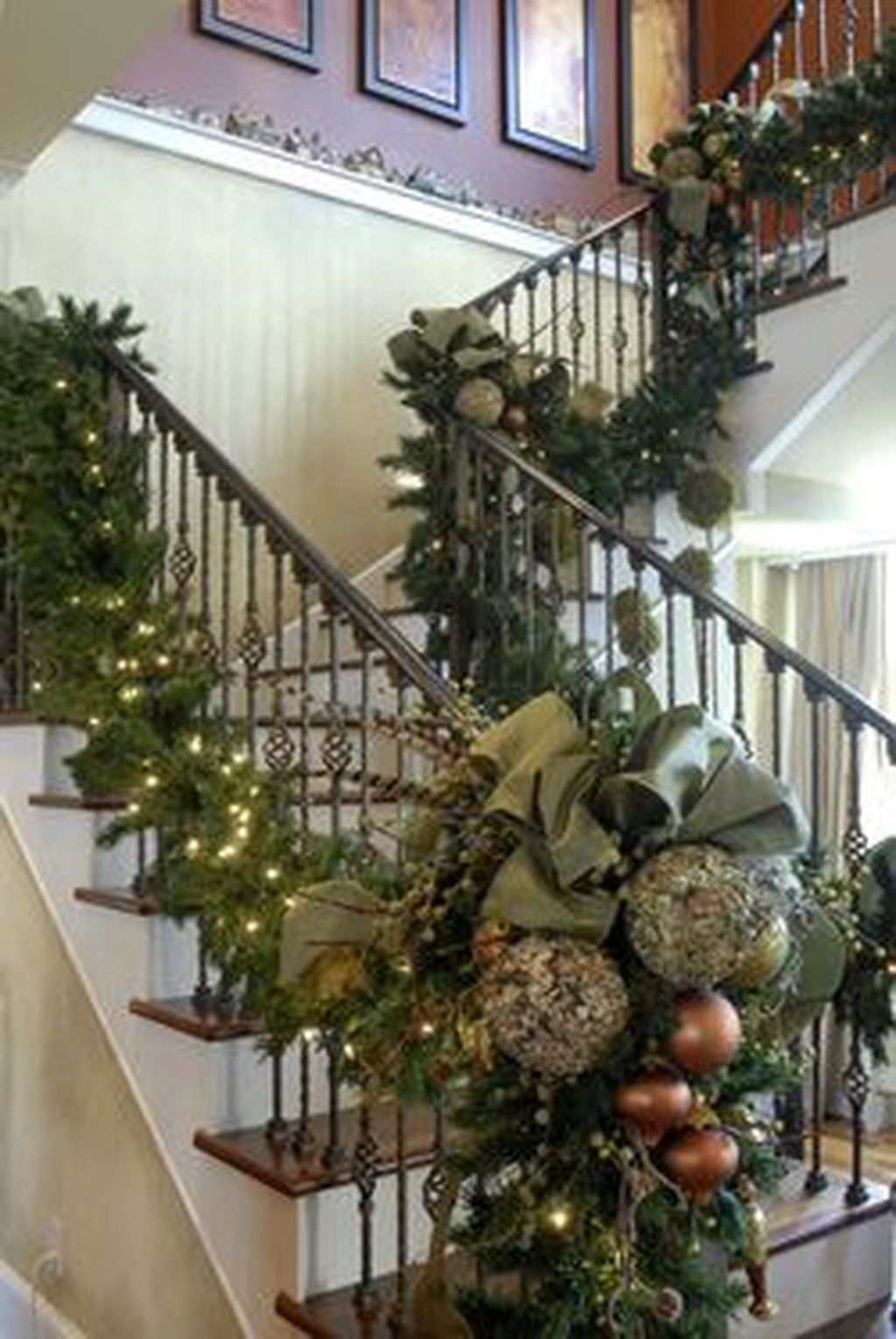 Charming Winter Staircase Design Ideas With Banister Ornaments To Try Asap 34