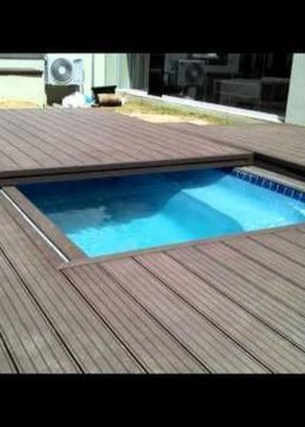 Chic Rolling Deck Design Ideas For Your Pools That You Need To Try 16