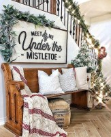 Cute Homes Decor Ideas To Snuggle In This Winter 22