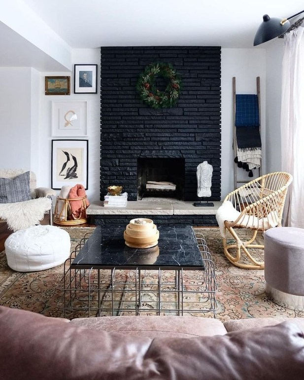 Cute Homes Decor Ideas To Snuggle In This Winter 28