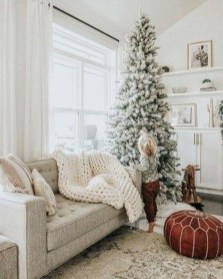 Cute Homes Decor Ideas To Snuggle In This Winter 31