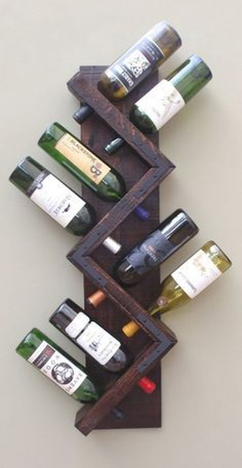 Fascinating Diy Wine Bottle Design Ideas That You Will Like It 32