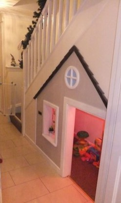 Favorite Kids Playhouses Design Ideas Under The Stairs To Have 26