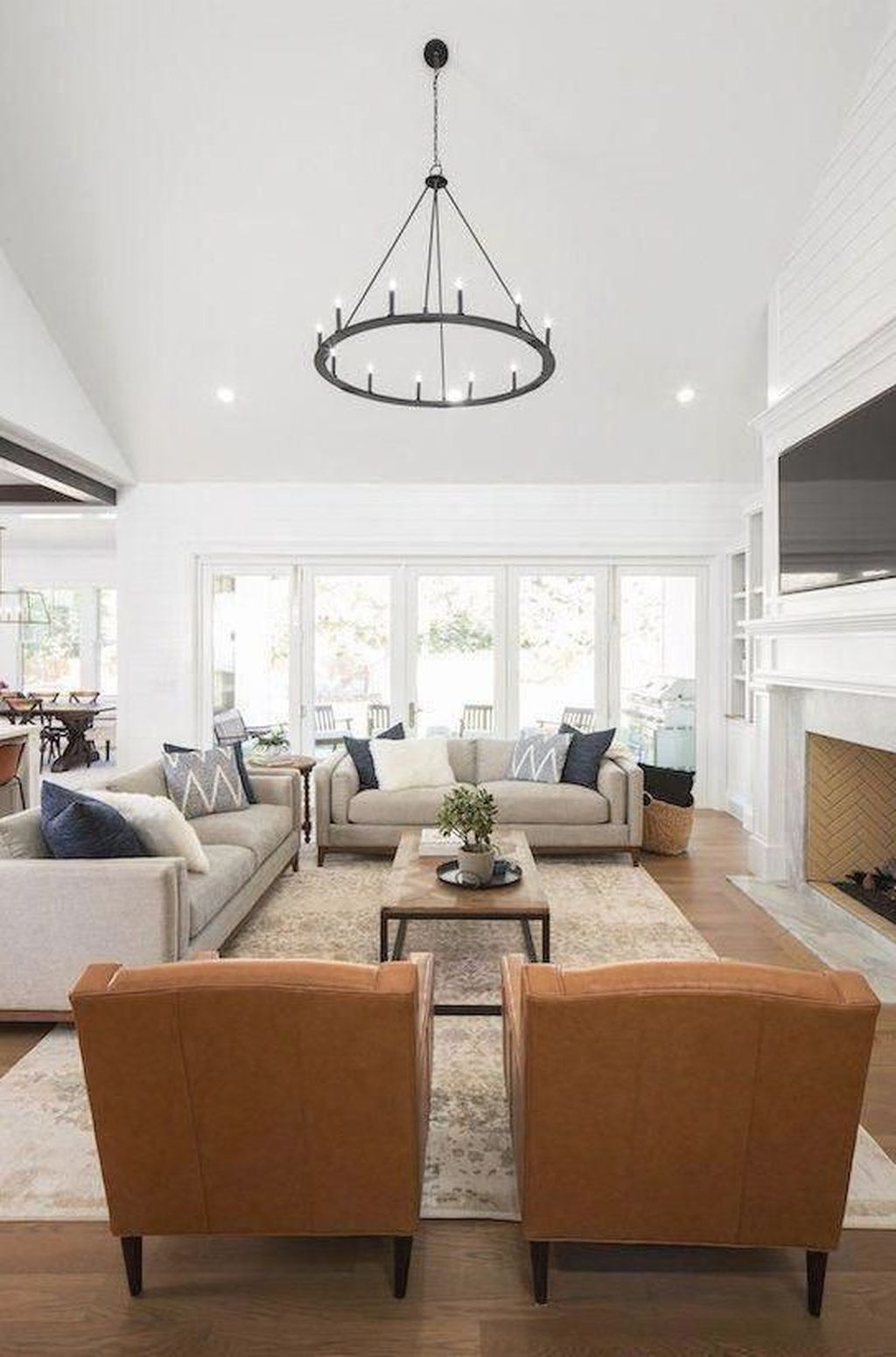 Graceful Living Room Design Ideas That You Need To Try 12