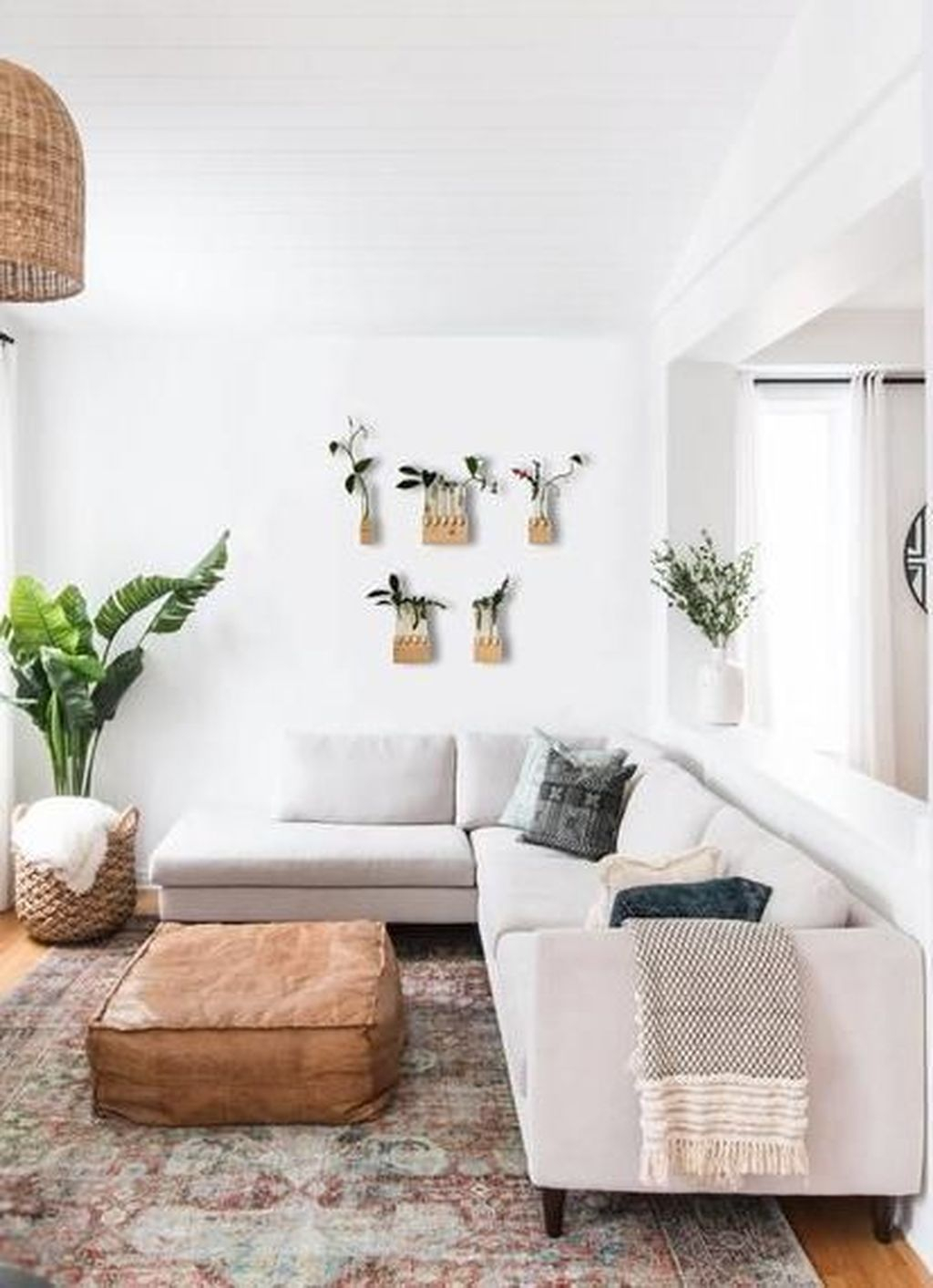 Graceful Living Room Design Ideas That You Need To Try 13