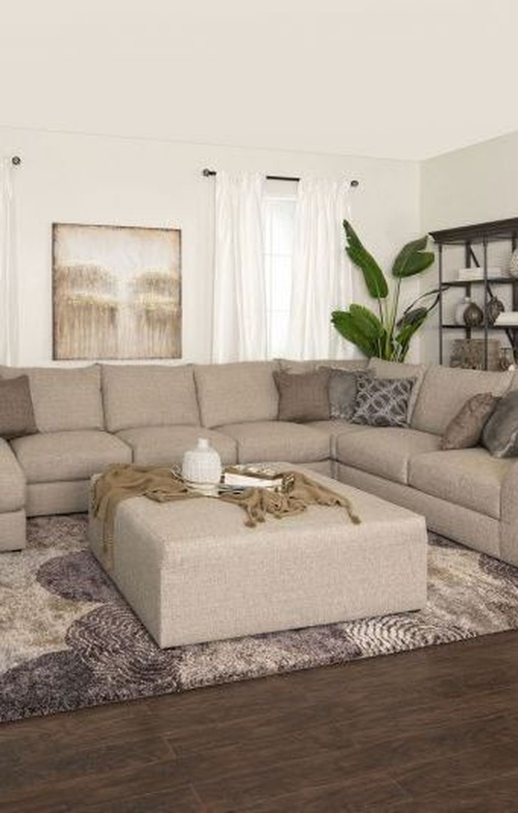 Graceful Living Room Design Ideas That You Need To Try 15